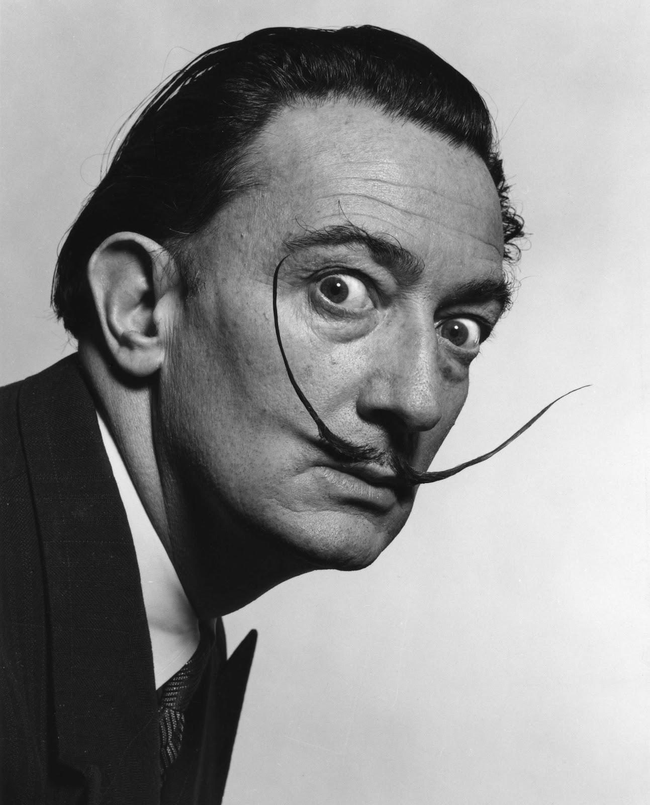 Dalí ya es dios