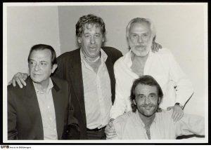 José Agustín Goytisolo, Paco Ibáñez, Georges Moustaki y Luis Eduardo Aute.
