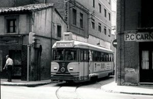 Calle Suiza 1974 _ El 30 de agosto de 1945 se inaugura la Lí… _ Flickr_files