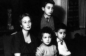 Felicidad Blanc, Juan Luis, Leopoldo y Michi Panero (años 50)