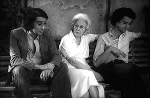 Leopoldo, Felicidad blanc y Michi Panero (fotograma de El Desencanto-1976)