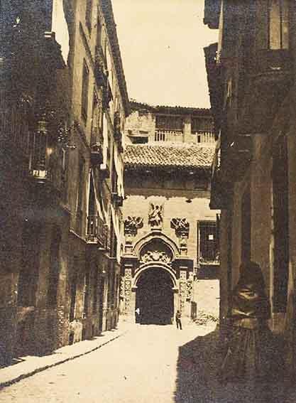 Zaragoza te habla – La calle de la Yedra